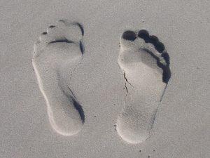 טביעת רגליים על חול: עדויות מטופלים: טיפול בדרבן בכפות הרגליים
