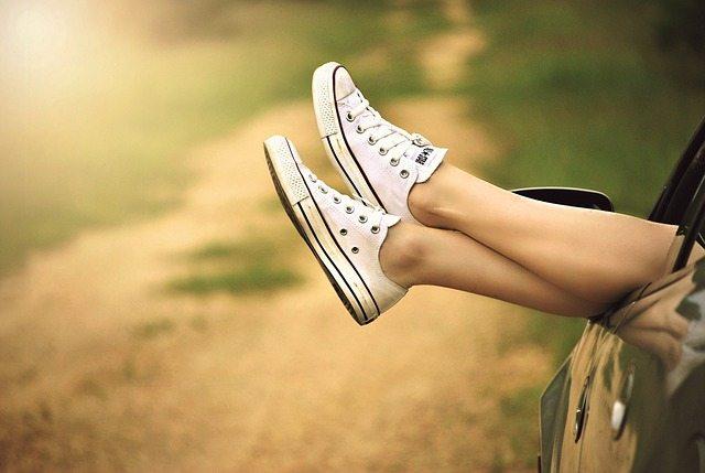 רגליים מחוץ לחלון - טיפול בכאבי רגליים