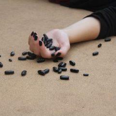 על נתיב מסוכן: מכאב כרוני – למשככי כאבים אופיאטיים – להתמכרות ולמוות